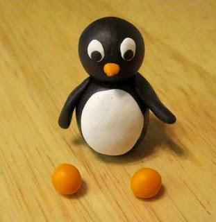 boneka pinguin dari plastisin 7 2020