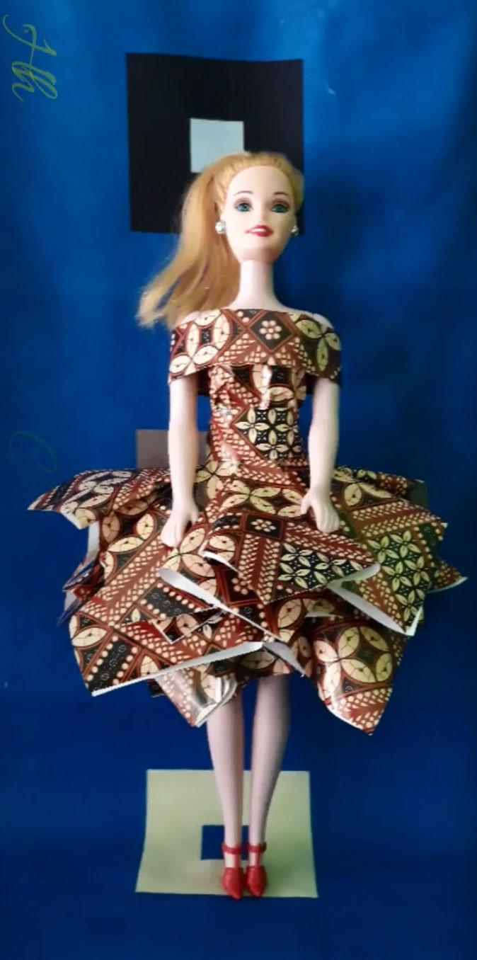 kerajinan baju barbie batik dari kain bekas yang mudah 2020