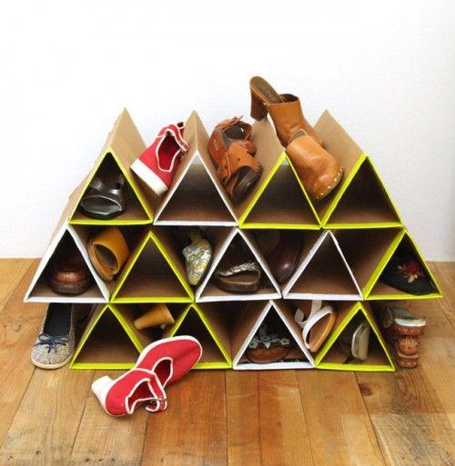 Cara Membuat Rak Sepatu Dari Kardus Mie Bekas Yang Simpel dan Geometris!